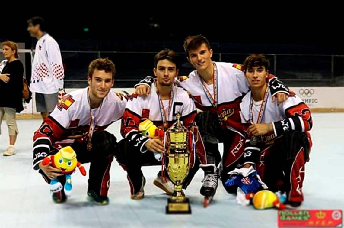 La Selección Española Sub 20 de Hockey línea, subcampeona mundial con tres tricantinos en sus filas