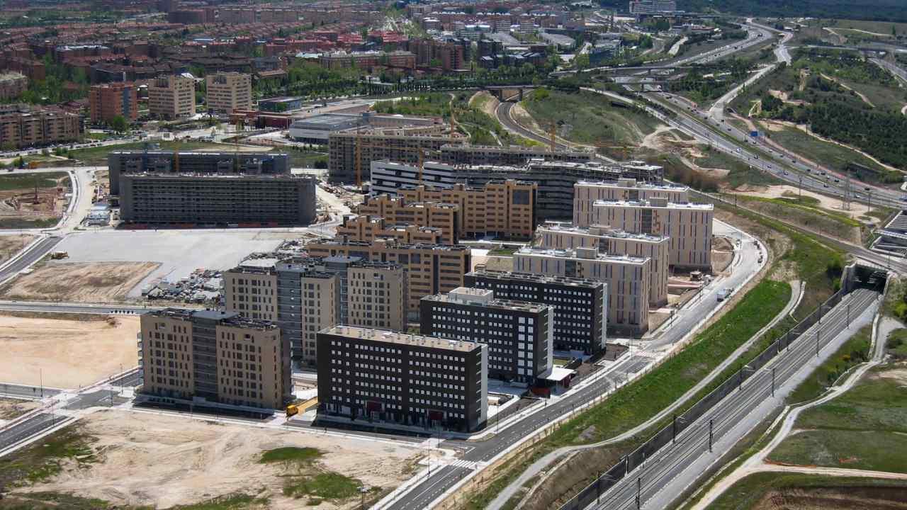 El precio de las 39 mil viviendas 39 de tres cantos canal vicus - Aticos en tres cantos ...