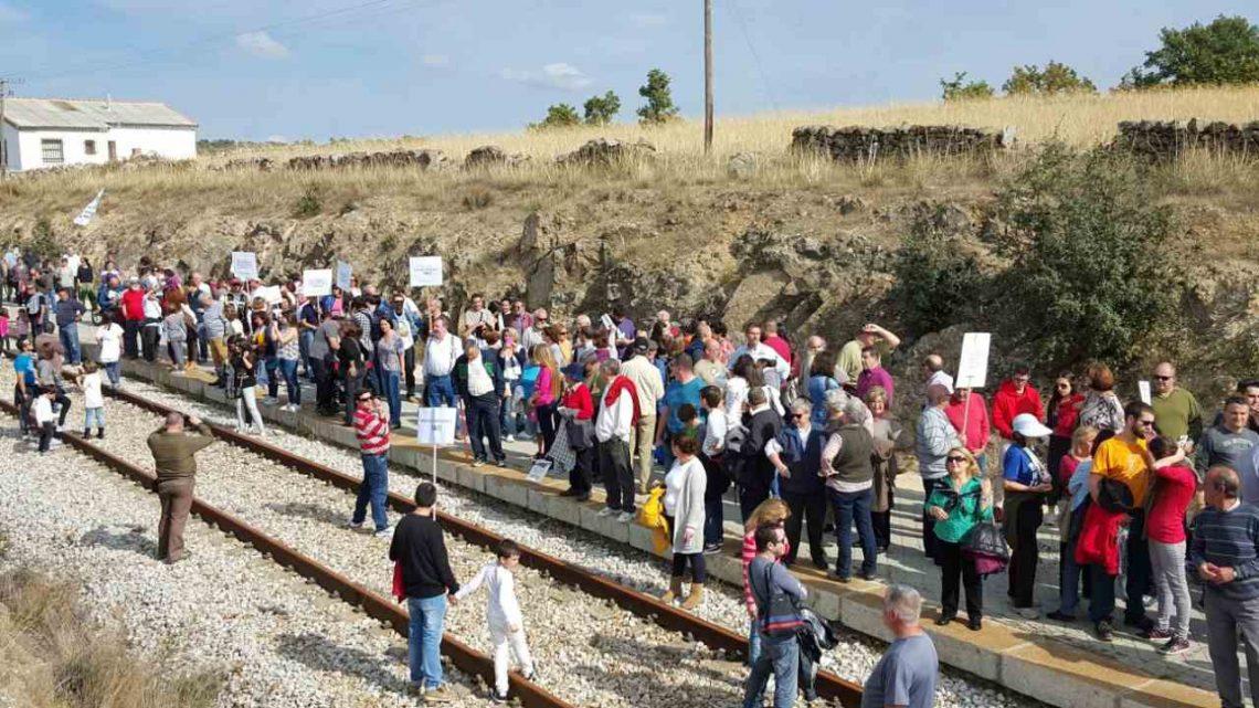 Ultimátum de los alcaldes al Ministro: Cercanías hasta Soto ya