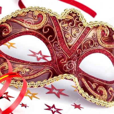 máscara-roja-del-carnaval-con-confeti-y-la-flámula-33304030