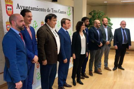 Carton reunion ayuso alcaldes